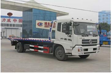 程力威牌CLW5120TQZD4型清障车