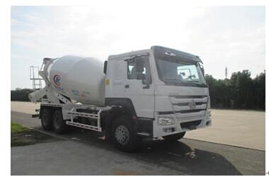 程力威牌CLW5251GJBZ4型混凝土搅拌运输车