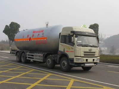 程力威牌CLW5311GYQ型液化气体运输车