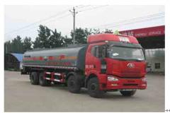 程力威牌CLW5312GFWC4型腐蚀性物品罐式运输车