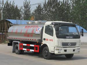 程力威牌CLW5110GNY4型鲜奶运输车