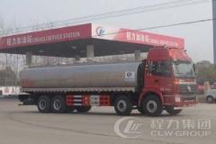 程力威牌CLW5311GNYB4型鲜奶运输车