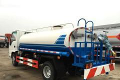 五十铃5吨工程洒水车