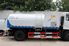 东风天锦CLW5160GQXD5路面清洗车