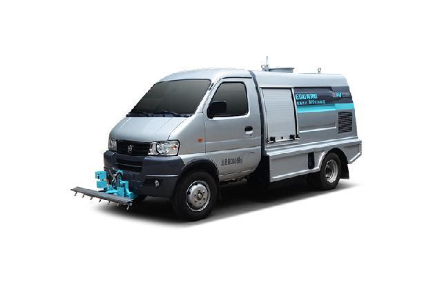 纯电动路面养护车